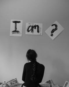 Kas aš esu?